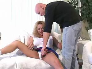 Guy and shemale have blowing fun and hard assfuck